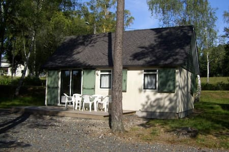Cottage pour 6pers, au bord du Lac de Feyt - SERVIERES LE CHATEAU