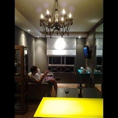 Apartamento pequeno e aconchegante,o ideal. - Porto Alegre - Apartment