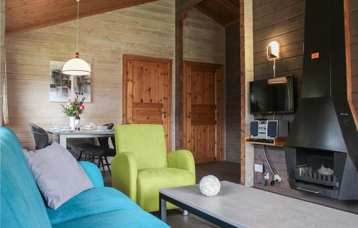 Nice home in Gramsbergen with Outdoor swimming pool, WiFi and 2 Bedrooms