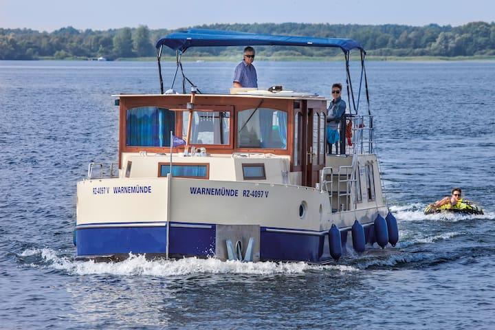 Abenteuer Hausboot - Die Kormoran 1280