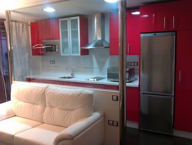 Center, Apartment Class A