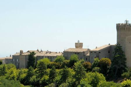 Soggiornare in un borgo da sogno - Moresco