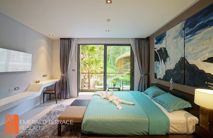 STUDIO APARTMENT WITH NICE POOL VIEW@PATONG