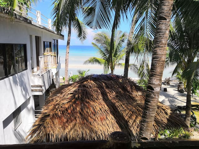 Beach House Felix flat 2
