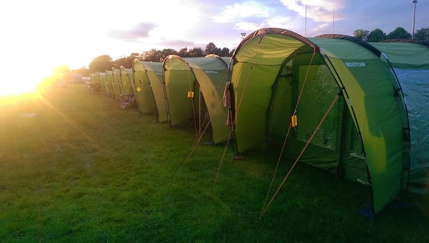 3 Man Tent EdinburghFestivalCamping - Edinburgh