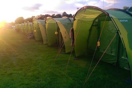 3 Man Tent EdinburghFestivalCamping - Edimburgo