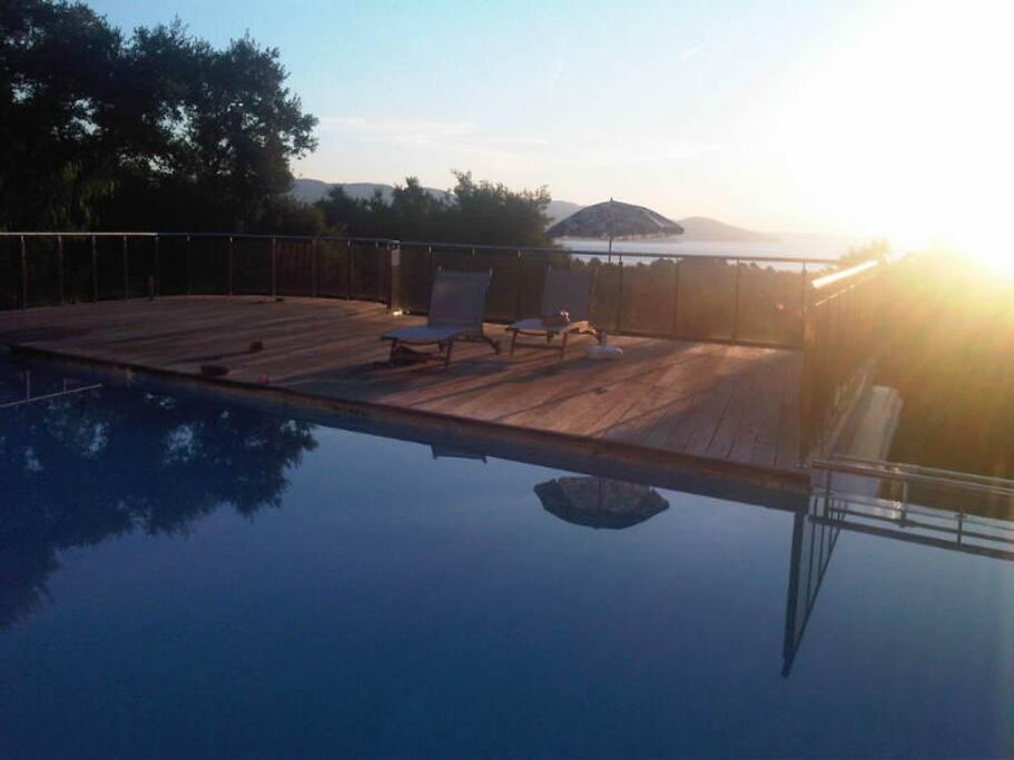 Pool w/ sunrise on the ocean!