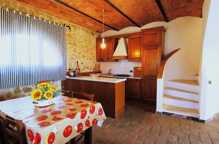Appartamento Daino - Fattoria castellina - Firenze, Castra - บ้าน