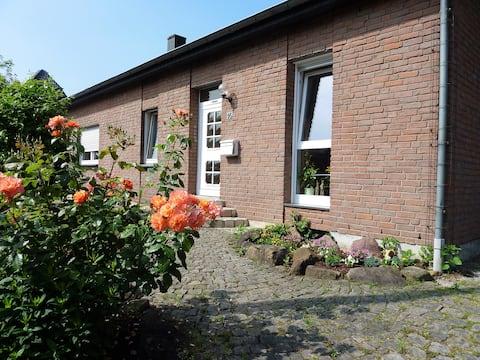 """Quiet apartment  """"Auf der Heide"""""""