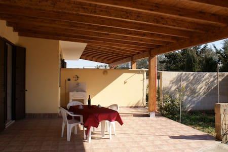 Independent villas with garden - Porto Cesareo - Villa