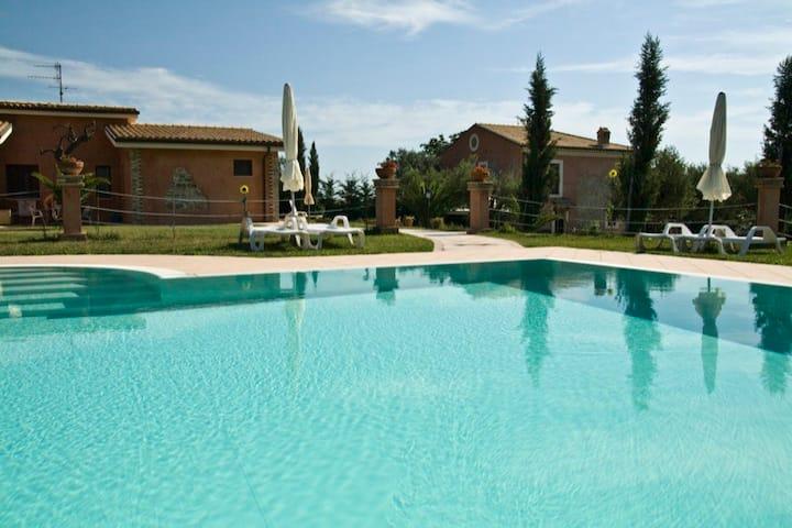 Appartamento in Agriturismo con piscina