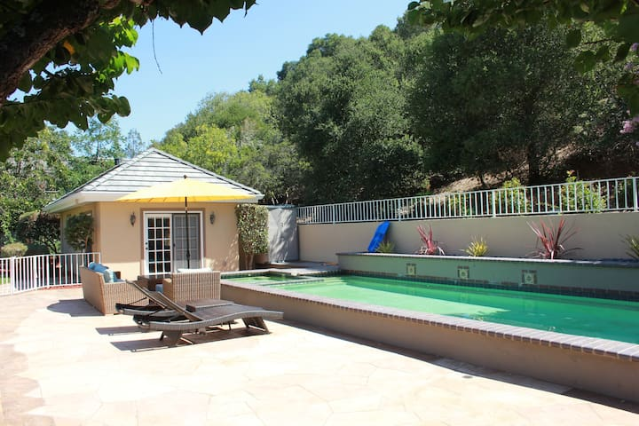 Charming Guest House near Stanford - Los Altos Hills