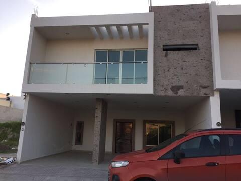 San Juan de los Lagos casa Joel