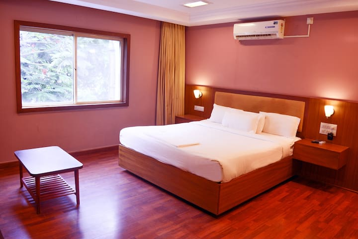 Premium Room - HSR Layout - Bengaluru - Bed & Breakfast