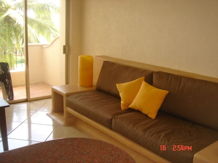 Integrated Couch, 1st Floor