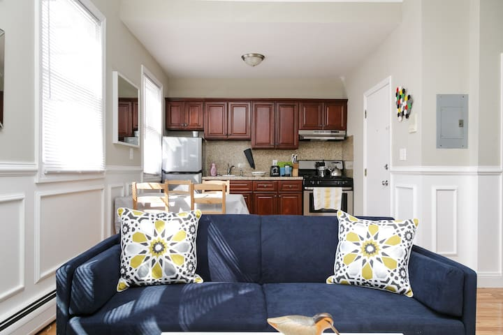 NYC only a river away!  10 minutes by bus to NYC! - Weehawken - Appartement