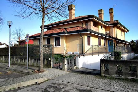 Ca' Dolce Bed and Breakfast Jesolo - Ca' Pirami - 住宿加早餐
