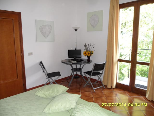 Private bedrooms in Tuscany, Lari