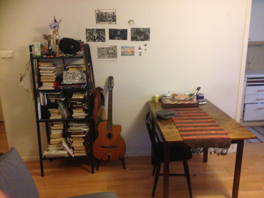 Living room table guitar and self