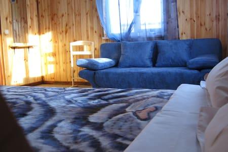 Минигостинца Андреевские озера - Andriivka - Bed & Breakfast