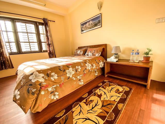 Cozy Private Room mins away from Boudha!