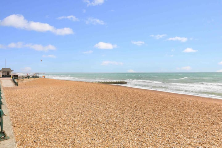 ☀️Cottage on the Beach+2🅿️️FREE,Arrive from 11.30am☀️☀️