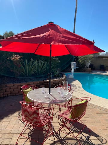 Home with a Pool Near Mt. Lemmon, Sabino Canyon