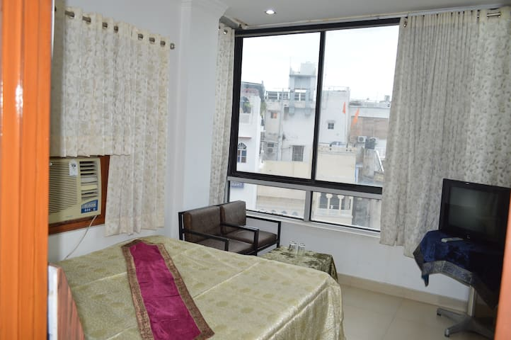 Deluxe A/c Lake view Room - Udaipur - Appartement