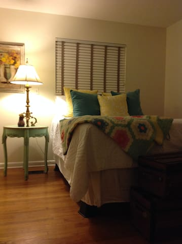 Five Minutes to Downtown-hiking/climbing? Welcome! - Chattanooga - Apartamento