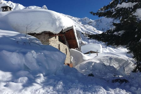 Baita, nel cuore delle piste da sci - Foppolo