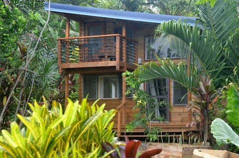 Tiapapata Art Centre Tiny House