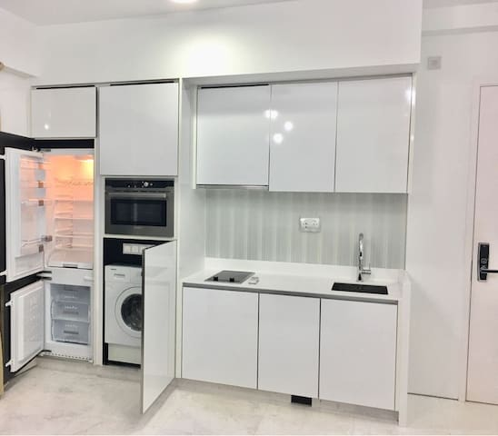 Novena 2BR 6pax 5min to MRT/5min ride to Orchard