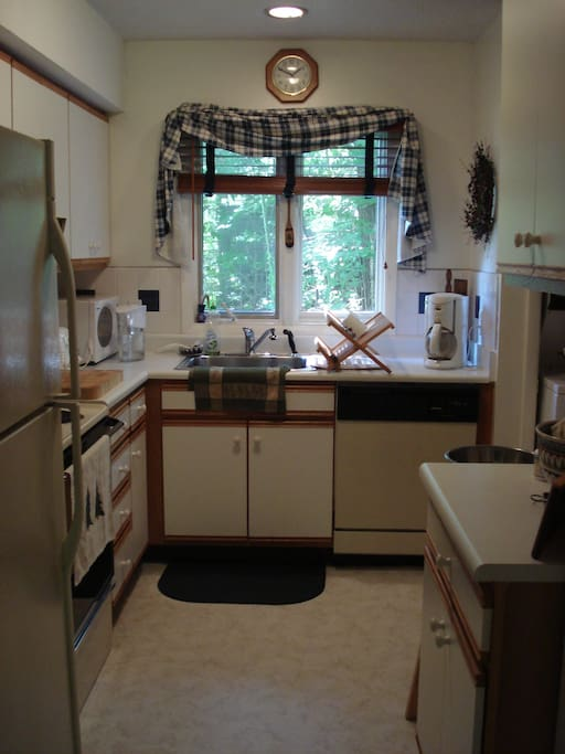 Fully equipped kitchen w/ dishwasher; clothes washer/dryer.