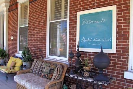 Market Street Inn Bed & Breakfast - Bed & Breakfast