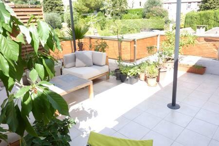Lovely flat w.terrace 10min Cannes - Le Cannet