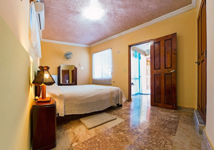 Prívate and luxury room Jardín Benjamín Trinidad