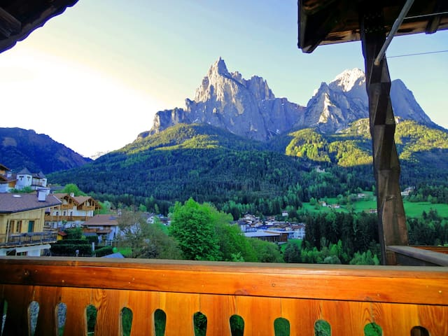 """Mythos Dolomiten"" - Siusi - Apartment"