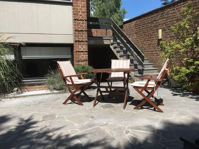 Gepflegtes Souterrain Apartment in Breinig