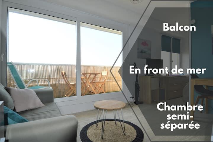 Studio avec chambre ☀ Balcon et à 20m de la mer