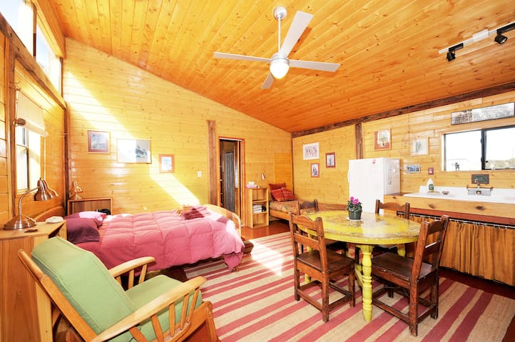 the Bunkhouse at Suitable Digs - Santa Fe - Apartmen