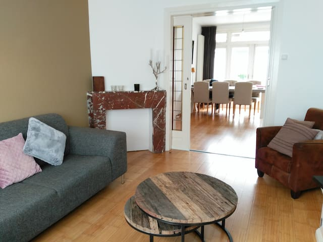 Cozy apartment with large garden near city centre