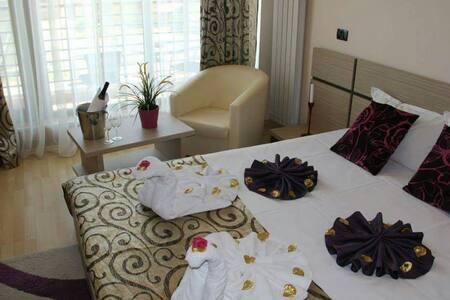 Room in Vila Sangria Mamaia Nord - Mamaia Nord - Casa de camp