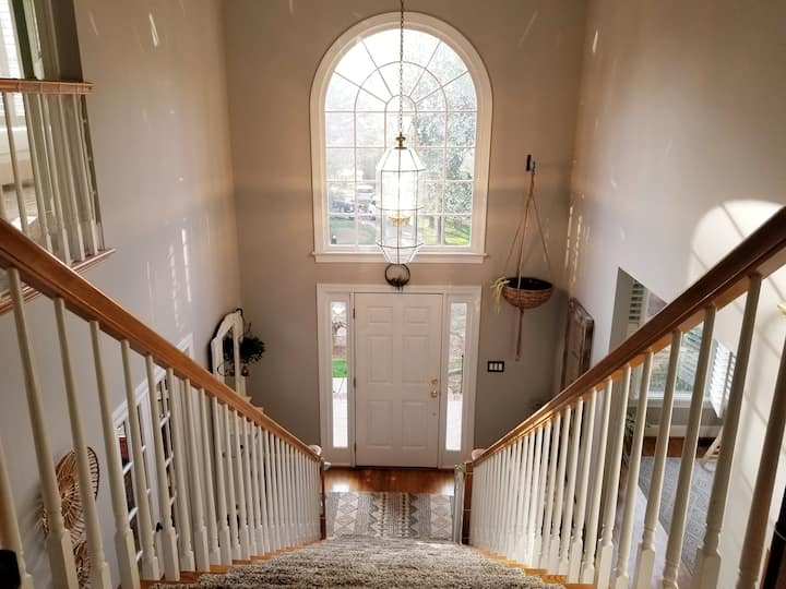 ★Large Huntersville Home★ Great for Families | 4BR
