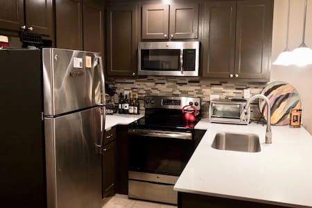 Local Cozy Near Downtown & Baylor 1 bed apartment