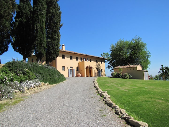 I Gelsi, Tuscan farm house with pool