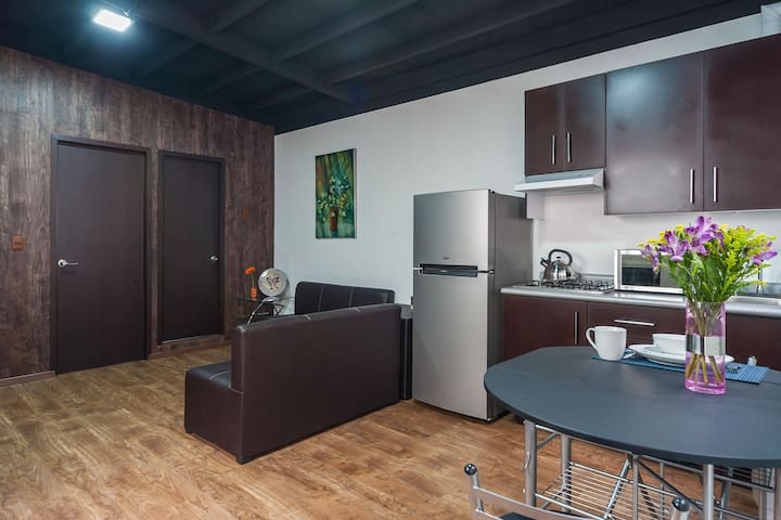 #504 Cozy & A/C apartment downtown! - Centro