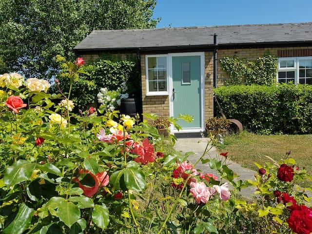 Pear Tree Cottage at Hawthorn Farm