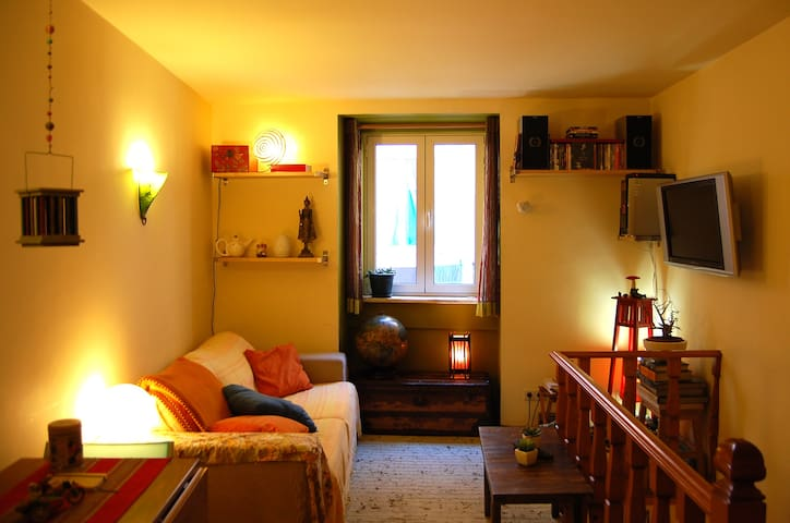 Cozy & Quiet House in Old Town - Lisboa - Haus
