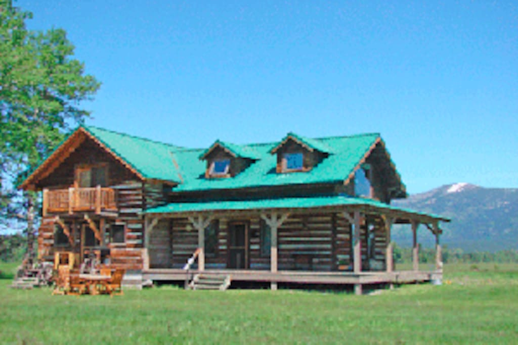 Original homestead house mt ranch houses for rent in for Montana ranch house