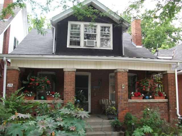 Comfortable Century Home  - Brantford - House